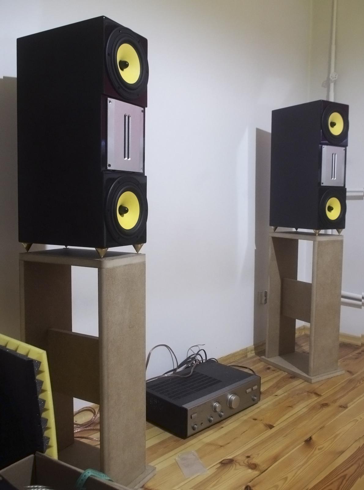 speakers.jpg.png