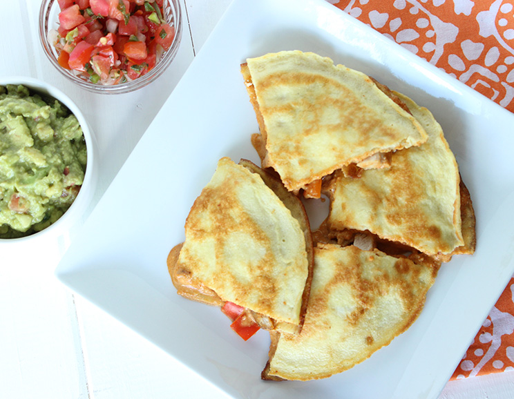 Cheesy-Chicken-Paleo-Quesadillas744.jpg