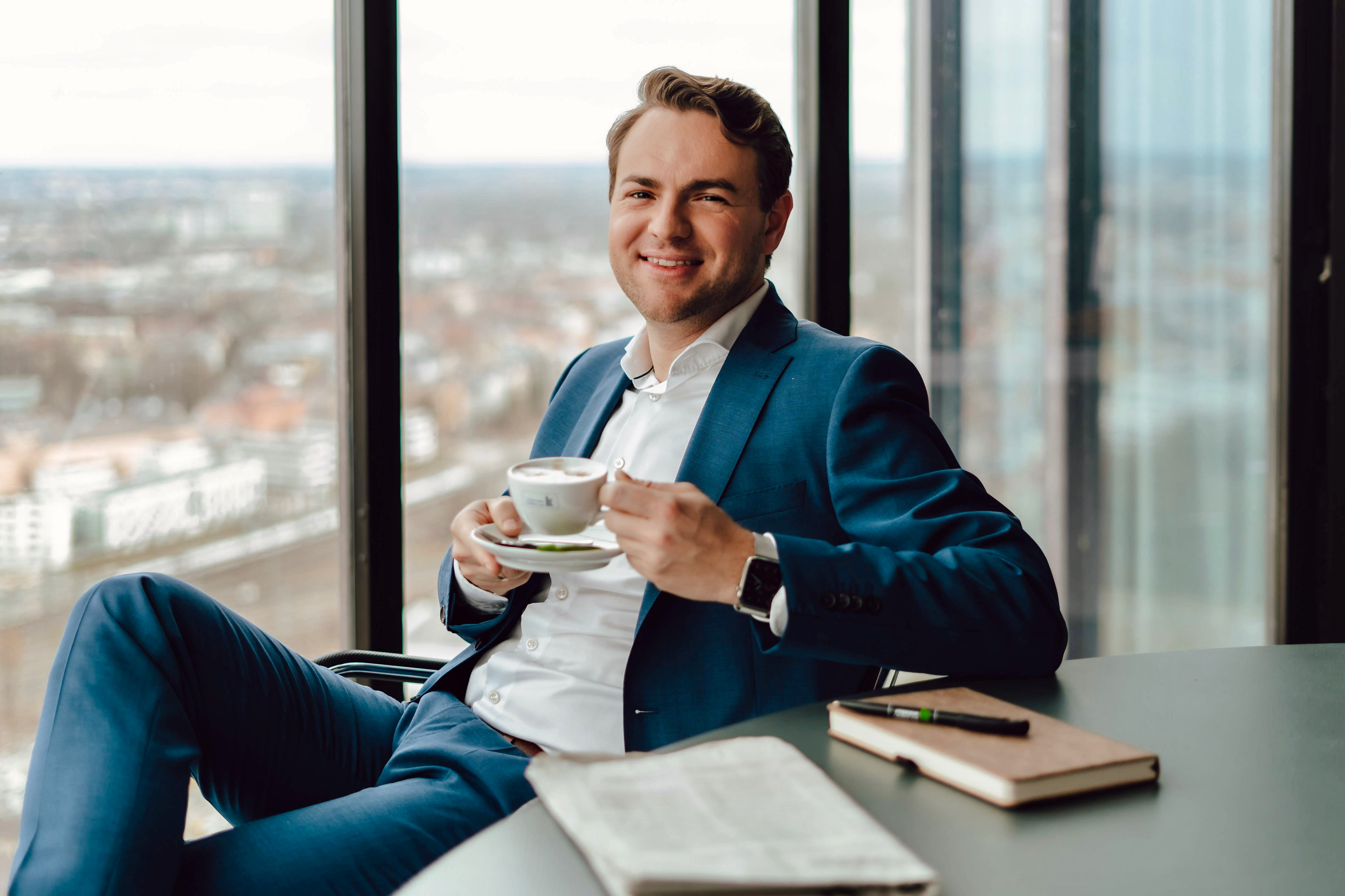 Patrick Singer im Klassik Radio Media Tower über Augsburg