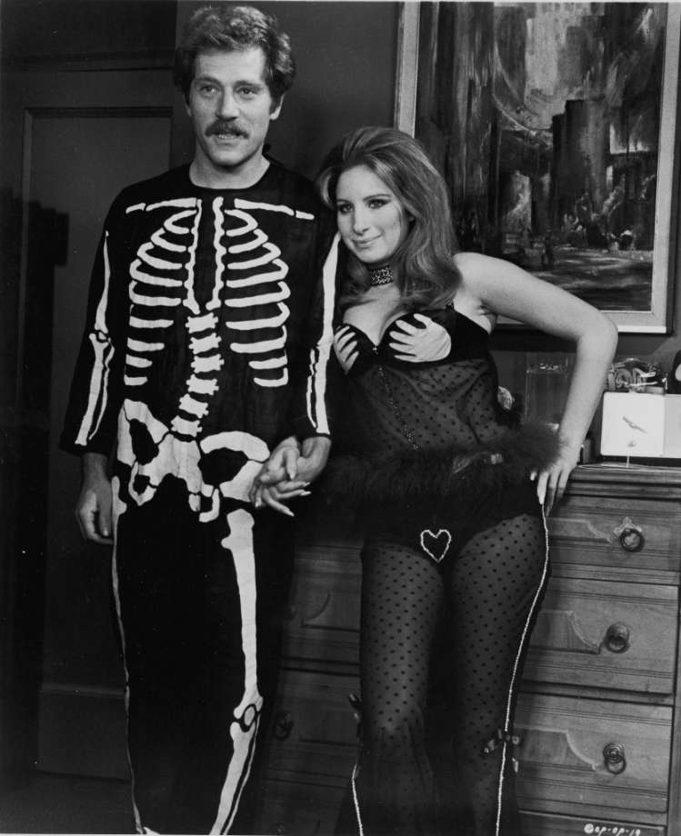 George Segal and Barbra Streisand 1970.jpeg