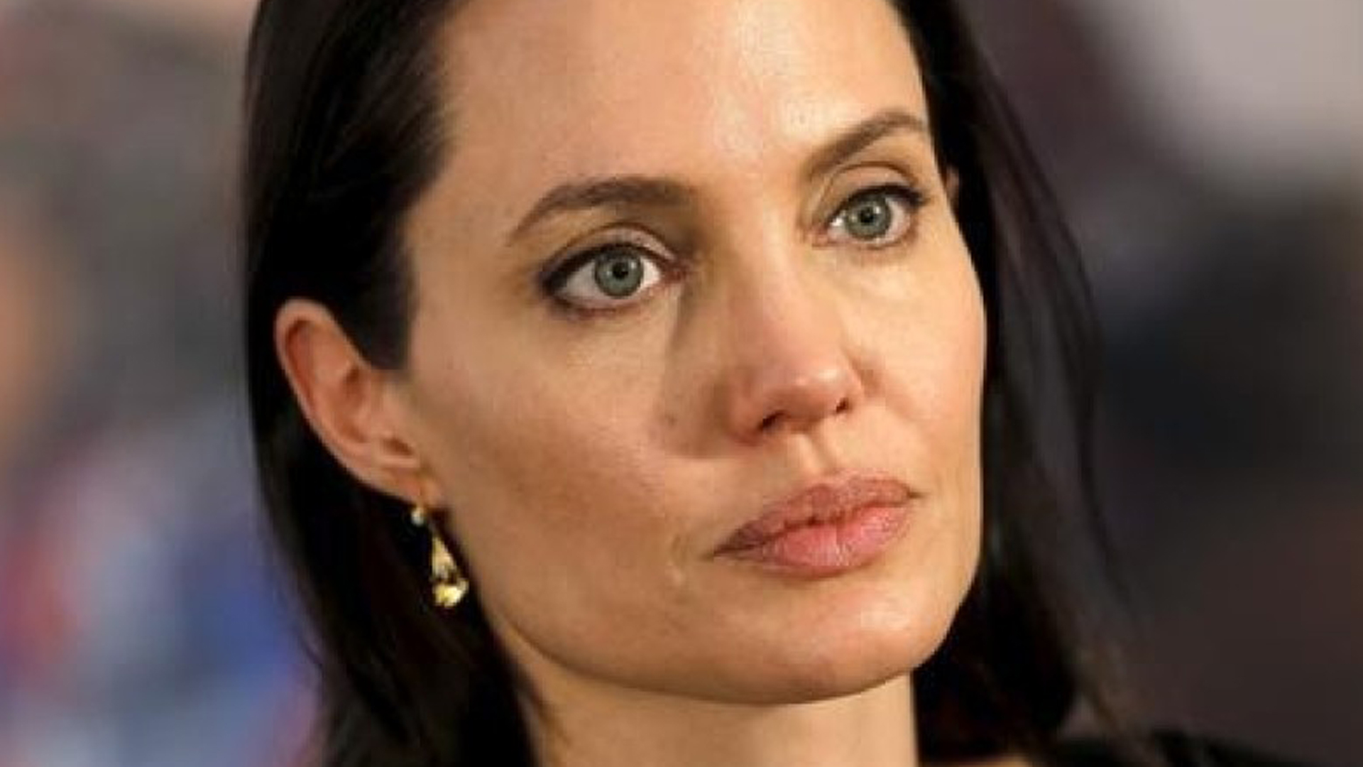The Real Reason Angelina And Brad Divorced