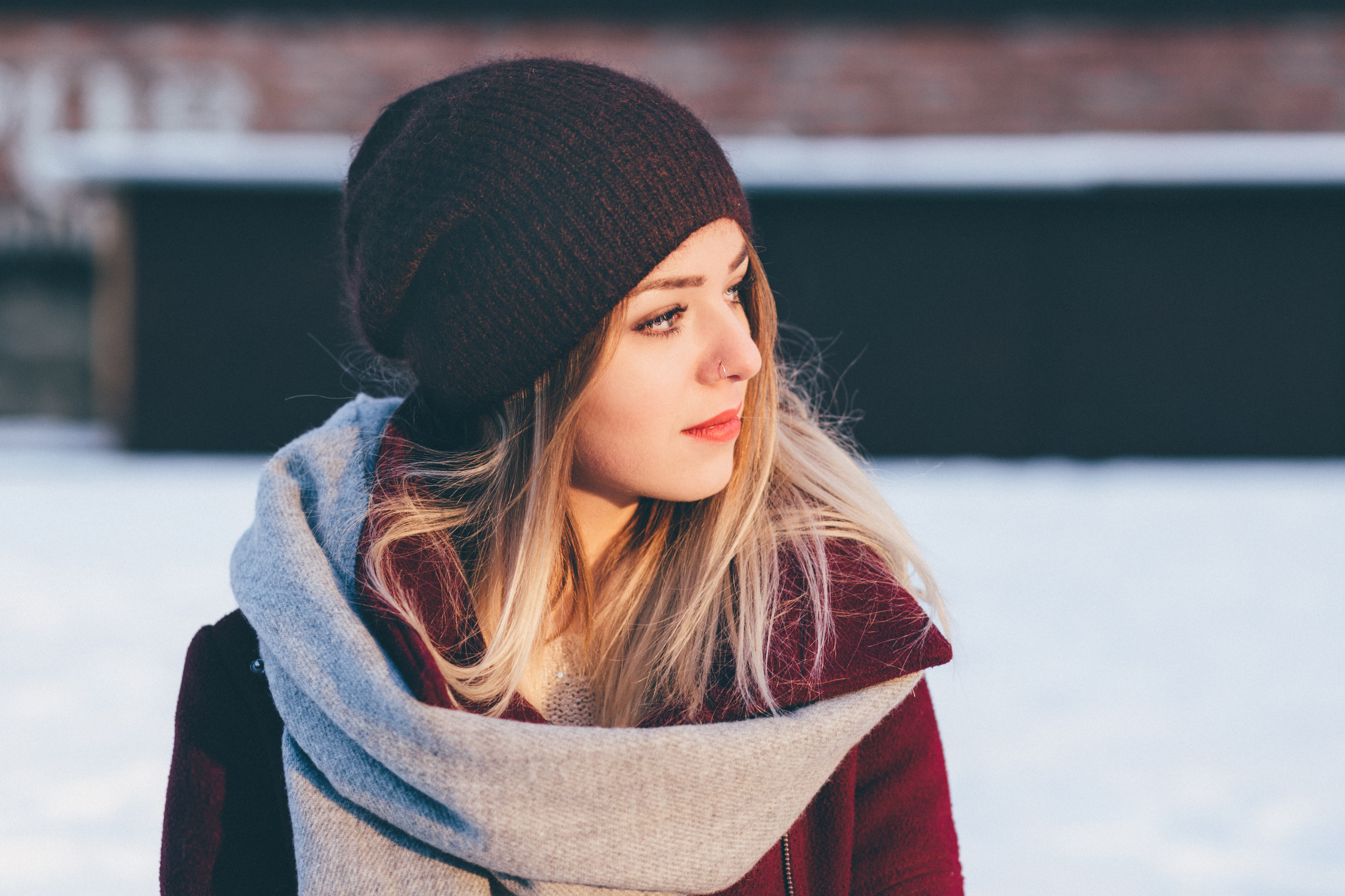 adolescent-beanie-beautiful-295821.jpg