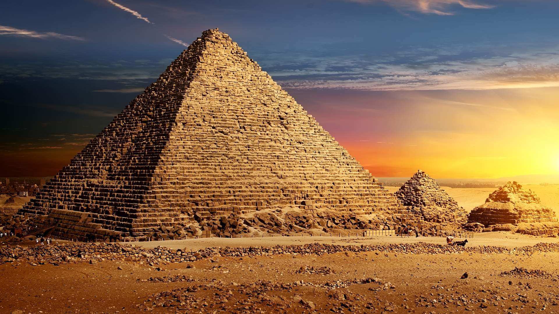 Bizarre Things Discovered Inside The Pyramids