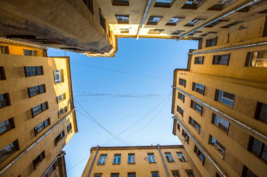 6_courtyard.jpg