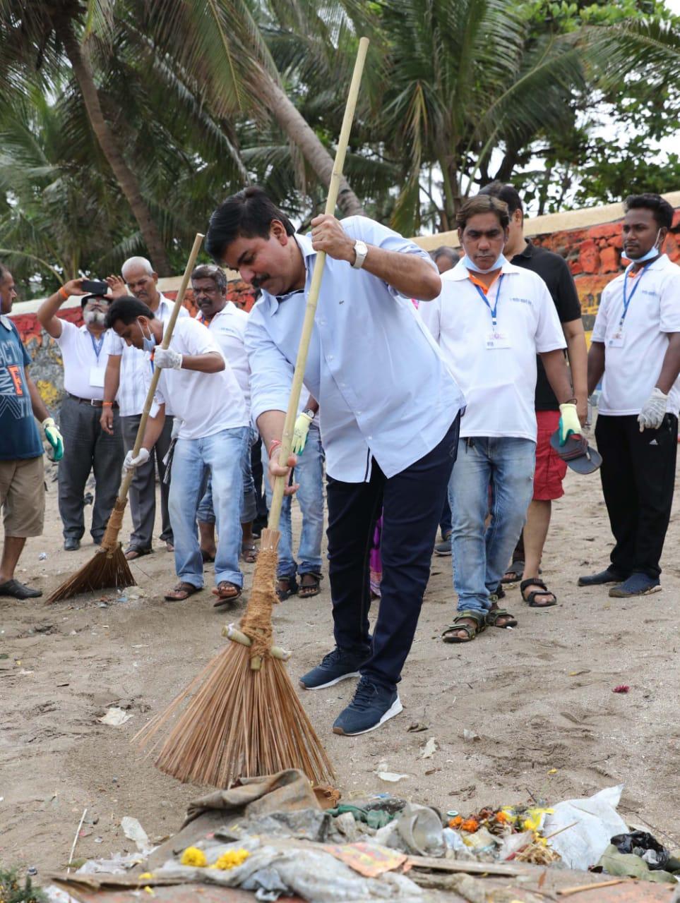 राहुल शेवाळेंच्या स्वच्छता मोहिमेकडे आमदार, नगरसेवकांची पाठ