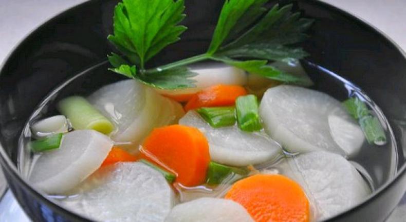 sup lobak putih