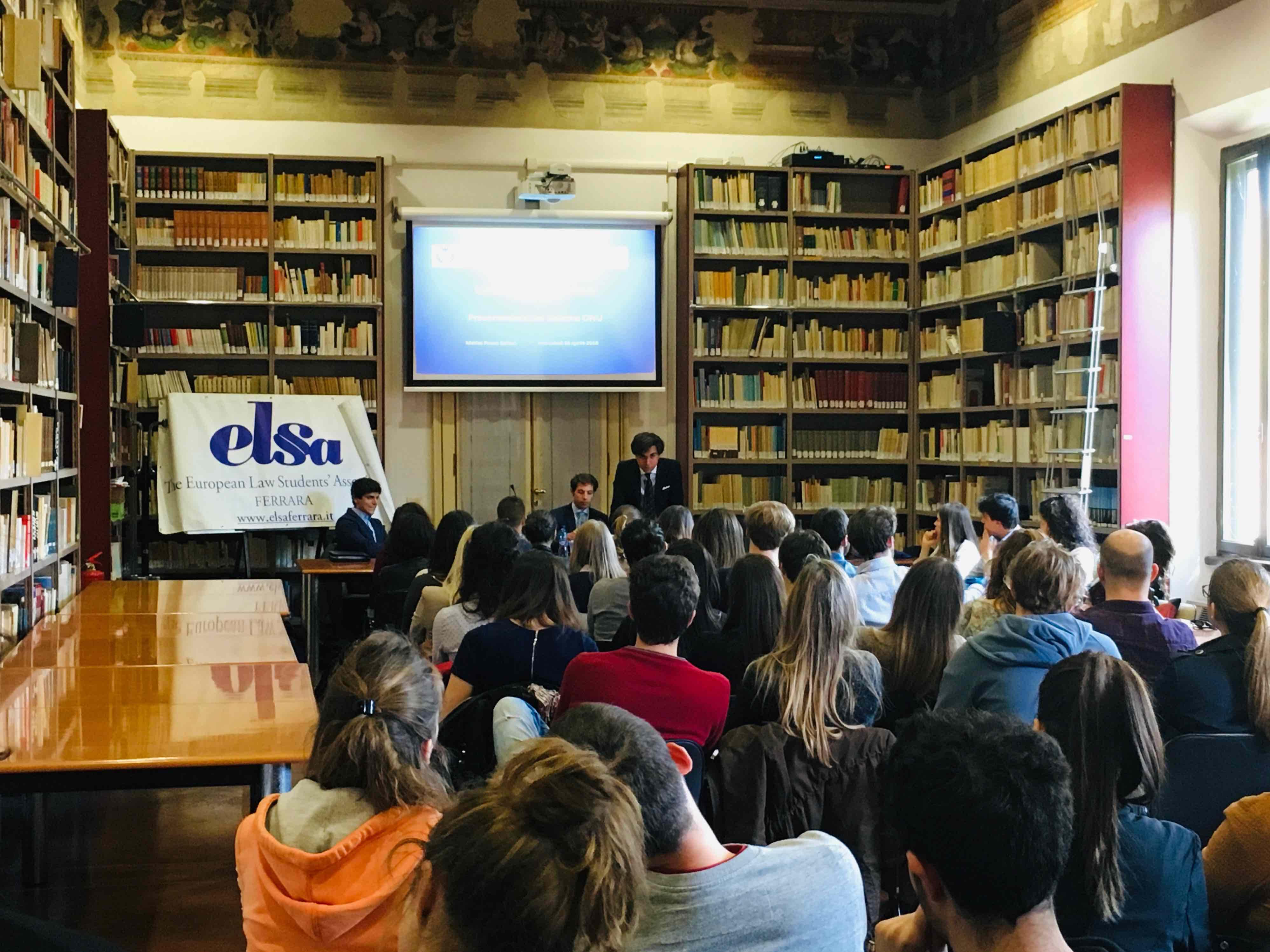 Presenting ReliefWeb to Law, International Relations and Political Science students in Ferrara, Italy. Photo: European Law Students' Association/Ferrara