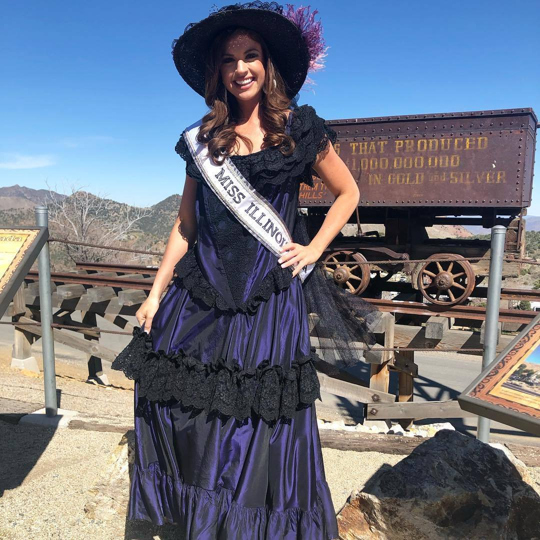 alexandra plotz, miss illinois 2019. - Página 6 58410456_1223077291181136_6979997858710479877_n