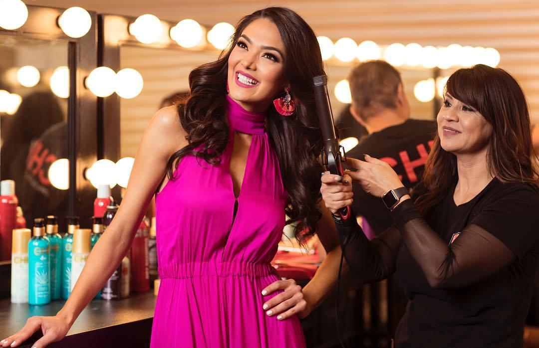 alejandra gonzalez, top 2 de miss usa 2019. - Página 6 58411079_2377806339130632_4320959654214085710_n