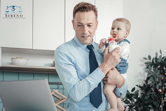 reconhecimento de paternidade socioafetiva representado por bebê no colo