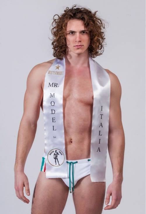 marco d'elia, semifinalista de mr world 2019. 28276963_1446024032174771_1666755051257556422_n