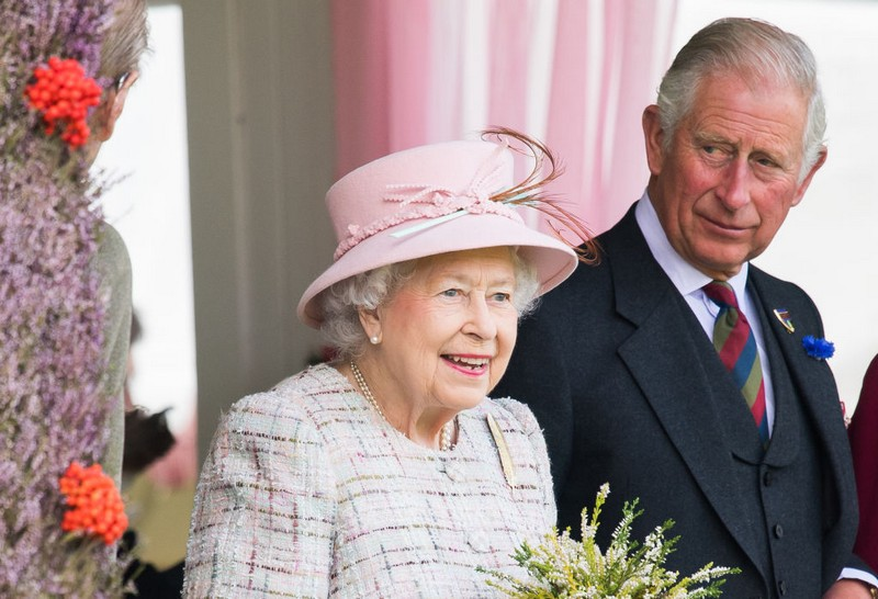Prince-Charles-Queen-Elizabeth.jpg