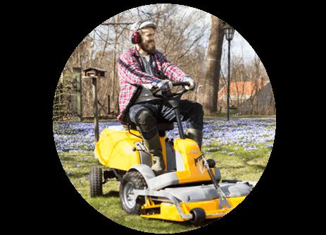 Köp åkgräsklippare online på granngården.se