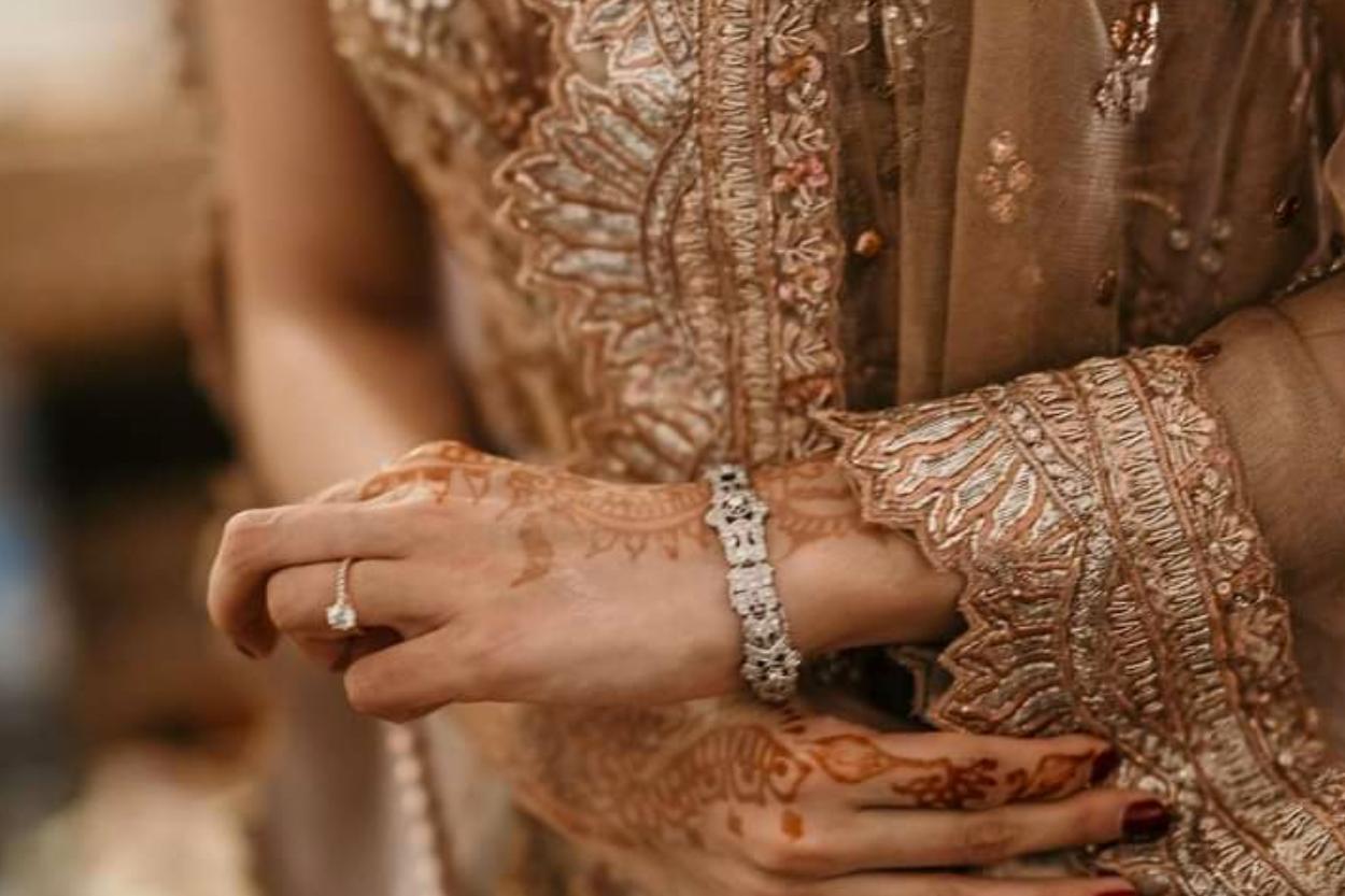 PAD Le sari comme tissu pour mon caftan- un mélange exotique.png