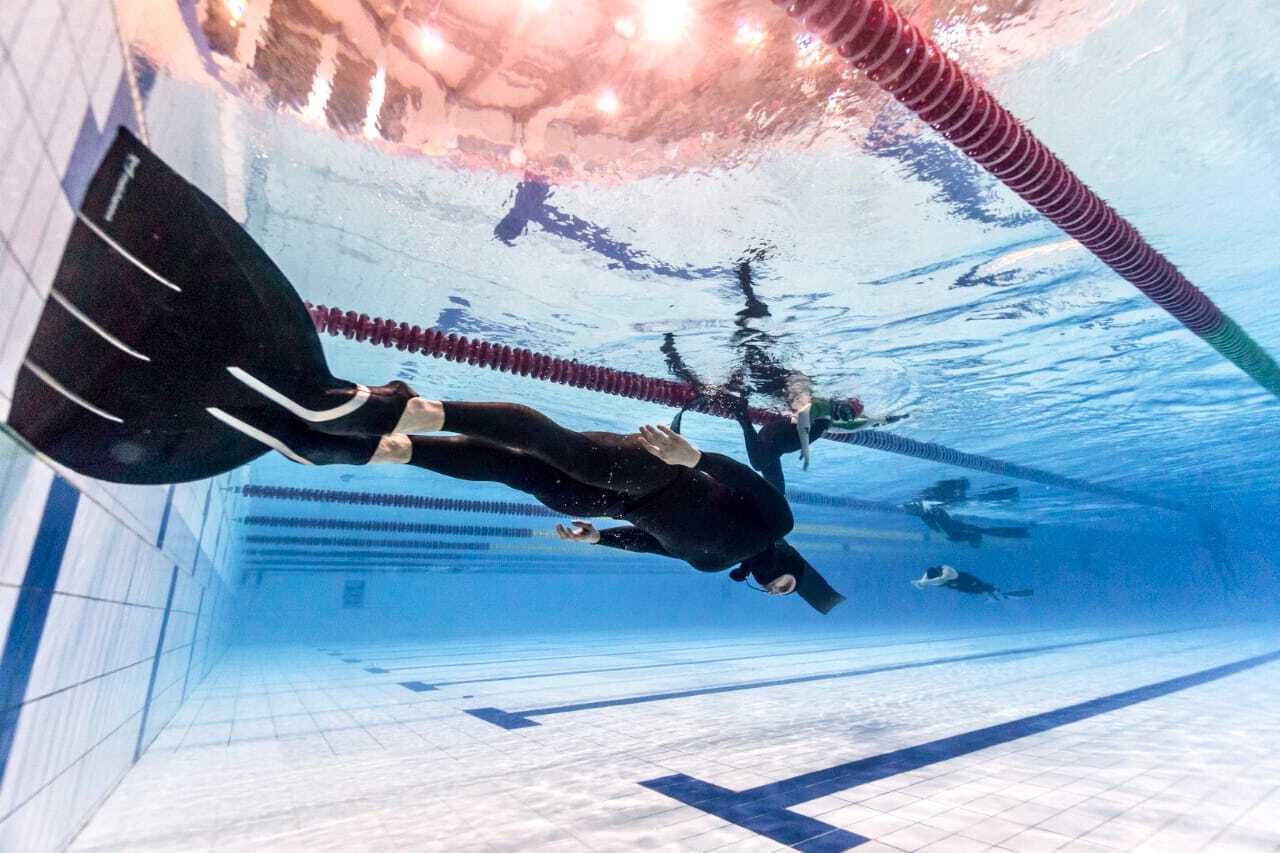 Mihail Bryantsev Molchanovs Freediving monofin pool