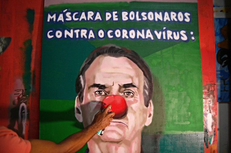 (Le masque de Bolsonaro contre le coronavirus, 18 mars 2020, Aira Ocrespo)