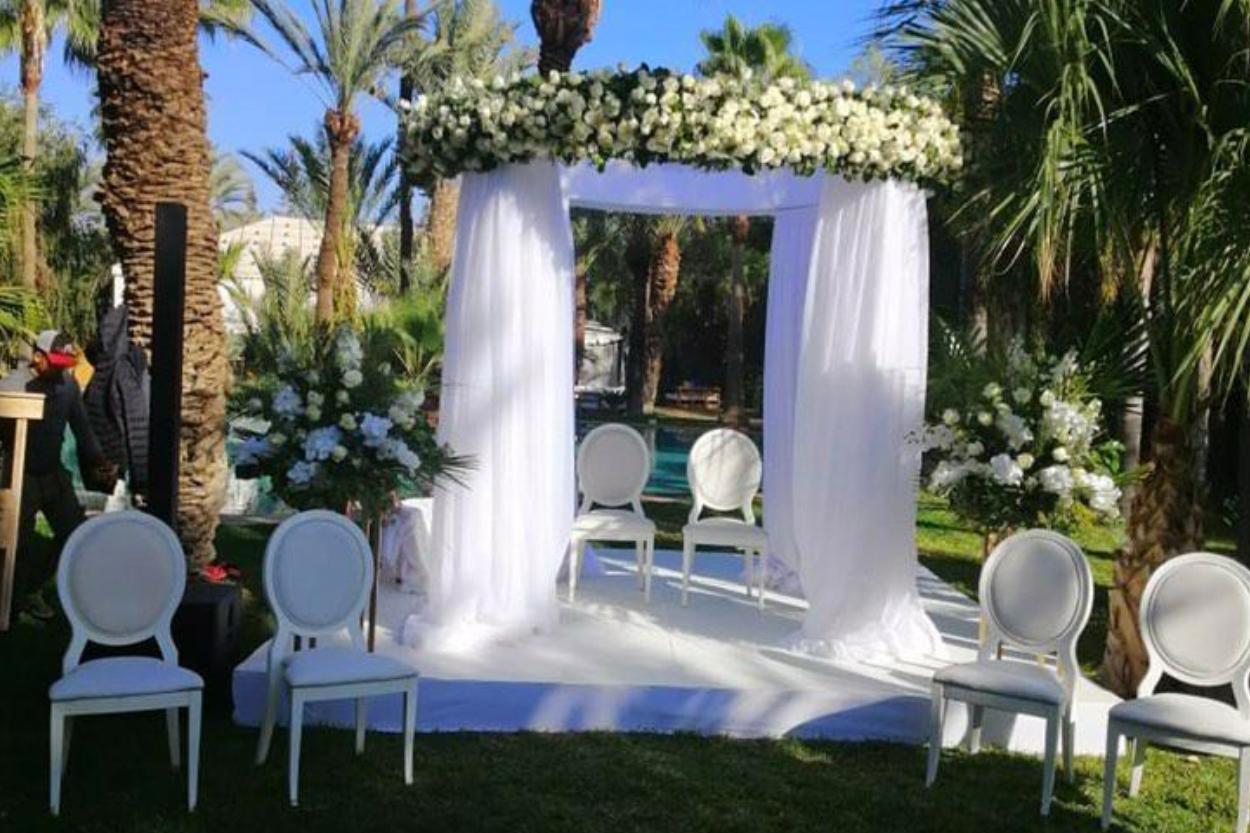 Pad_Célébration_du_mariage_marocain_avec_des_fleurs flowers couture.jpg