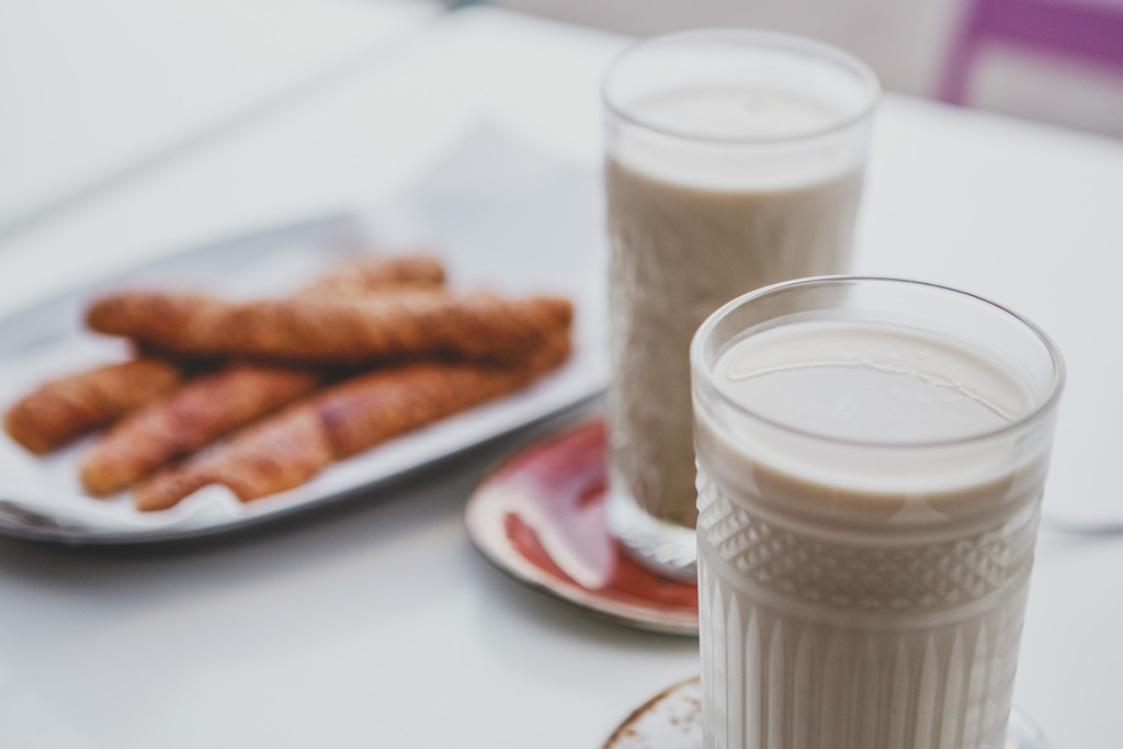 Cool down with some horchata (tiger nut milk) and fartons (sweet bread)