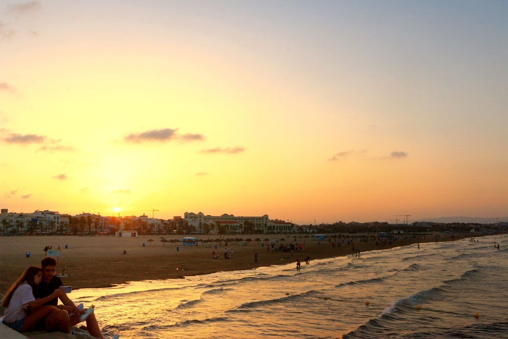 Tips for the best beach day in Valencia
